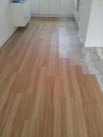 houtenvloer of een pvc vloer!